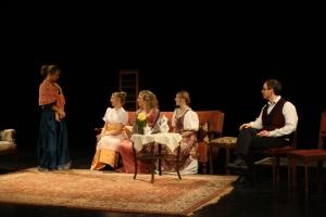 Lydia, Miss Bennet, Jane, Elisabeth und Mr. Bennet