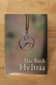 Es ist da: Das Buch Hylträa